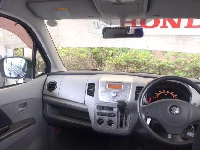 FX CDチューナー キーレスキー エアバック フルフラ PS ABS マニュアルエアコン キーレスエントリーシステム セキュリティ-アラ-ム パワーウインドー ベンチシート車 CDオーディオ付 WAB(4枚目)