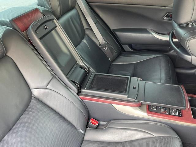 Gタイプ Fパッケージ 保証付 4人乗り HDD BT対応 フルセグ アルミ パワーシート シートヒーター/クーラー レーダークルーズ(26枚目)