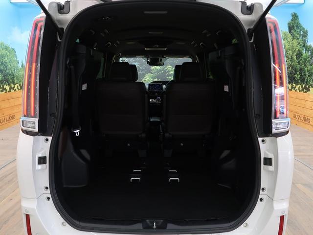 ハイブリッドGi プレミアムパッケージ BIGX9型ナビ フリップダウンモニター TRDエアロ 両側電動ドア セーフティセンス 衝突軽減ブレーキ ハーフレザー/シートヒーター コーナーセンサー 禁煙車 ドラレコ クルコン LEDヘッド(15枚目)