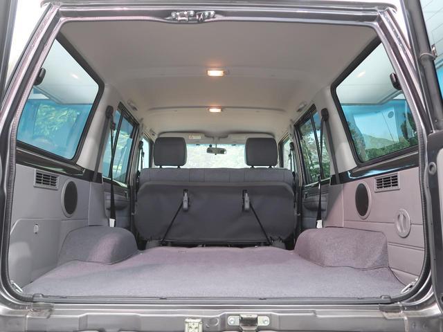 バン SDナビ 電動デフロック 5MT 背面タイヤ 4WD 1オーナー 禁煙車 ETC サイドステップ マニュアルエアコン/リアヒーター 純正16AW ベンチシート Bluetooth接続可(12枚目)