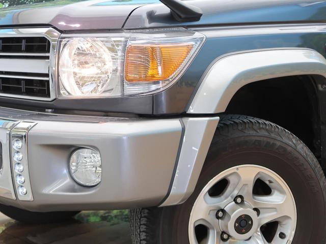 バン SDナビ 電動デフロック 5MT 背面タイヤ 4WD 1オーナー 禁煙車 ETC サイドステップ マニュアルエアコン/リアヒーター 純正16AW ベンチシート Bluetooth接続可(13枚目)