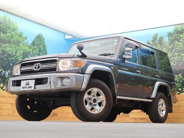 バン SDナビ 電動デフロック 5MT 背面タイヤ 4WD 1オーナー 禁煙車 ETC サイドステップ マニュアルエアコン/リアヒーター 純正16AW ベンチシート Bluetooth接続可(15枚目)