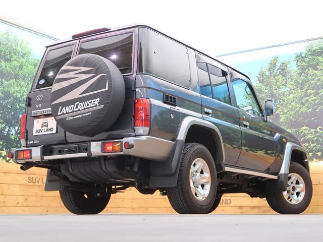 バン SDナビ 電動デフロック 5MT 背面タイヤ 4WD 1オーナー 禁煙車 ETC サイドステップ マニュアルエアコン/リアヒーター 純正16AW ベンチシート Bluetooth接続可(16枚目)