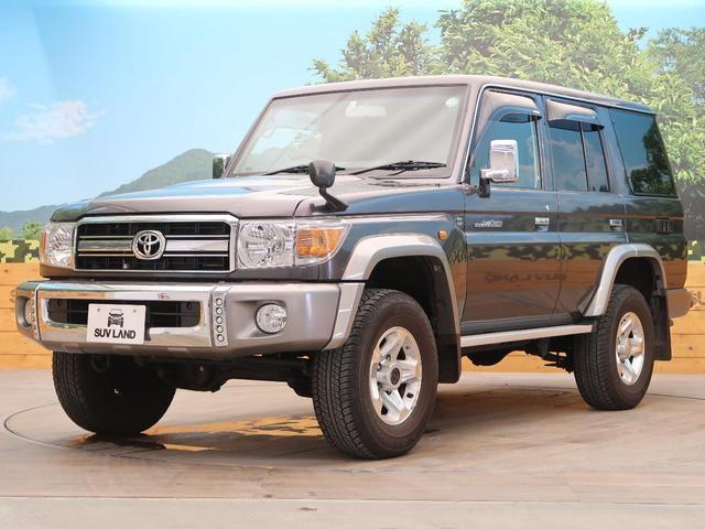 バン SDナビ 電動デフロック 5MT 背面タイヤ 4WD 1オーナー 禁煙車 ETC サイドステップ マニュアルエアコン/リアヒーター 純正16AW ベンチシート Bluetooth接続可(21枚目)