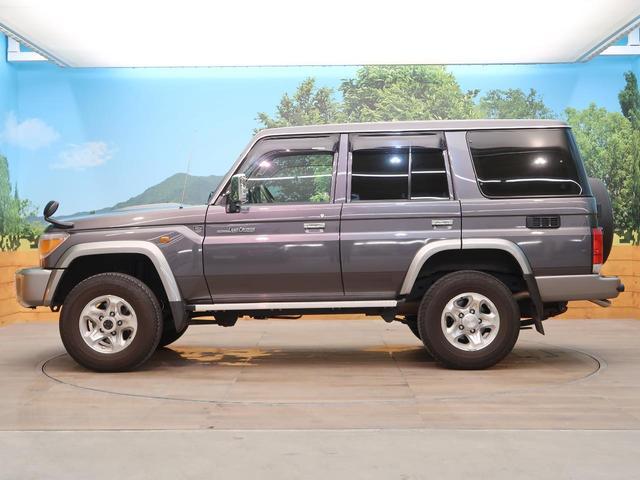 バン SDナビ 電動デフロック 5MT 背面タイヤ 4WD 1オーナー 禁煙車 ETC サイドステップ マニュアルエアコン/リアヒーター 純正16AW ベンチシート Bluetooth接続可(25枚目)