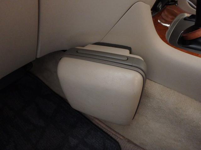 「トヨタ」「ランドクルーザー100」「SUV・クロカン」「鹿児島県」の中古車40