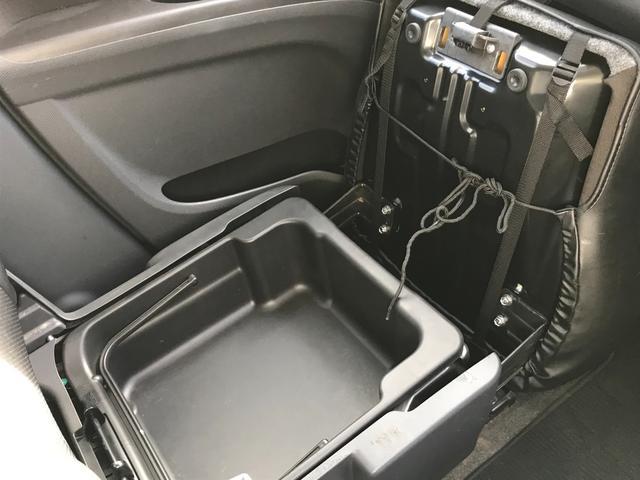 S 両側パワスラ HID フォグ 新品ナビ TV Bカメラ F・R ドアスイッチ(45枚目)