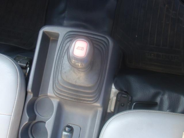 セレクティブ4WD・EL付・5速MT・A/C・運転席エアバック・三方開・純正ラジオ・荷台マット・荷台作業灯・記録簿・(21枚目)