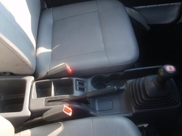 セレクティブ4WD・EL付・5速MT・A/C・運転席エアバック・三方開・純正ラジオ・荷台マット・荷台作業灯・記録簿・(22枚目)