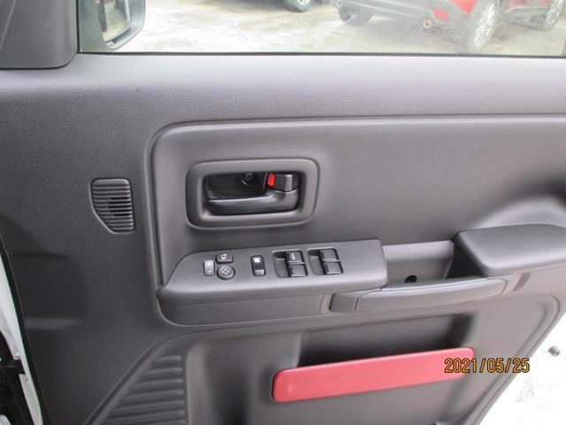 ハイブリッドX ナビ フルセグTV CD 両側パワスラ ワンオーナー シートヒーター プッシュスタート スマートキー フル装備 届け出済み未使用車(9枚目)