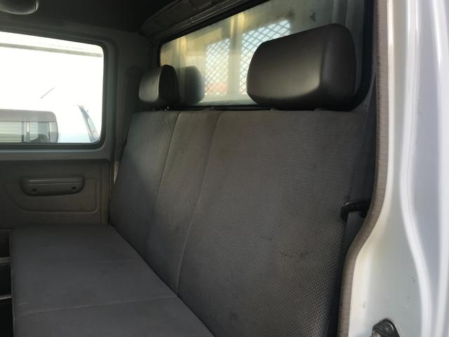 Wキャブロング 1.0tディーゼル 4WD 5速マニュアル車 6人乗り メッキパーツ CDオーディオ(6枚目)