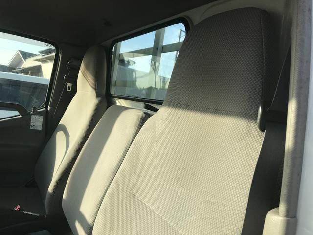 1.35tディーゼル 4WD 垂直落下式パワーゲート 車検整備付き 5速マニュアル車(3枚目)