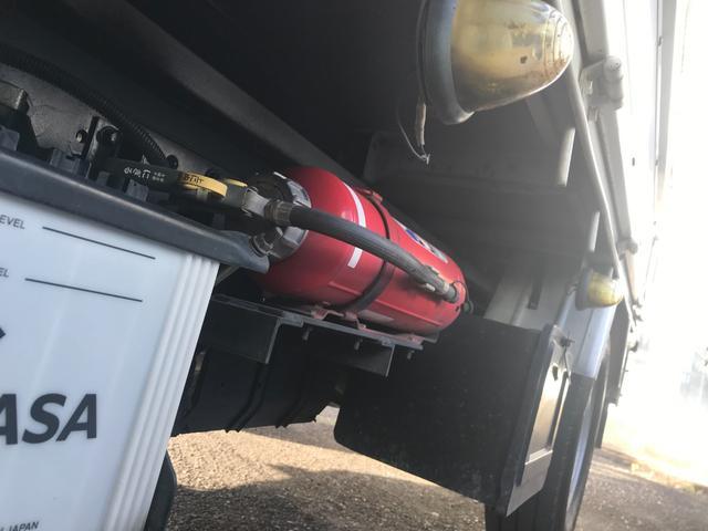 1.35tディーゼル 4WD 垂直落下式パワーゲート 車検整備付き 5速マニュアル車(6枚目)
