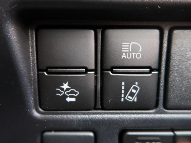 Gi プレミアムPKG ブラックテーラード 登録済み未使用車(4枚目)