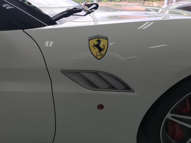 「フェラーリ」「カリフォルニア30」「オープンカー」「鹿児島県」の中古車6
