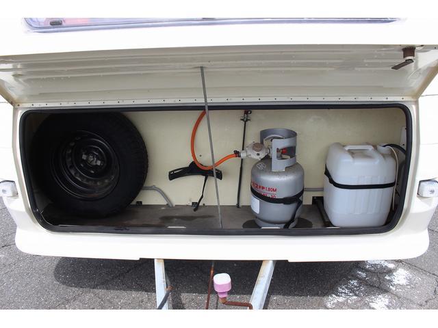 スペアタイヤ LPガス 給水ポリタンク