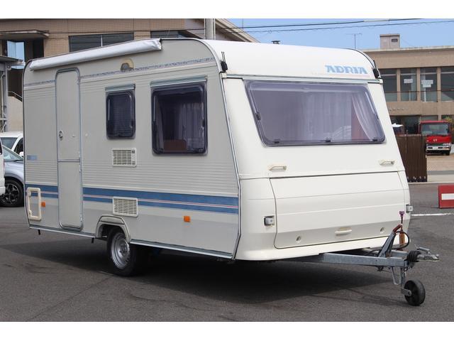アドリア390DSが入庫致しました 車両サイズは、約長さ558×幅206×高さ250となります