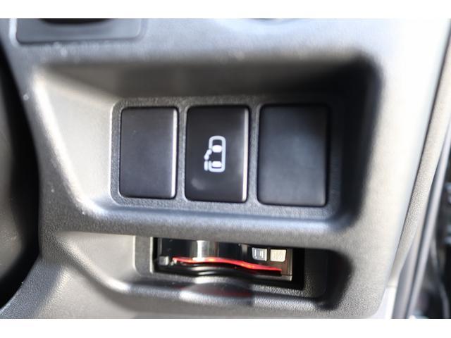 ベッドキット REVOシート 3列目シート外し GLベース ローダウン2インチブロック 構造変更済 ツインモニター レザー調シートカバー LEDテール ウッド調インテリアパネル フリップダウンモニター LEDヘッドライト パワースライドドア(42枚目)