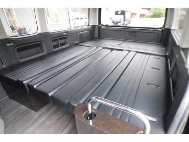 グランドキャビン セカンドハウス製 10人乗り 3ナンバー 2.7L ガソリン SDナビ ETC フリップダウンモニター リヤクーラー・ヒーター 20AW スマートキー 電動スライドドア テーブル 展開式ベッド(38枚目)