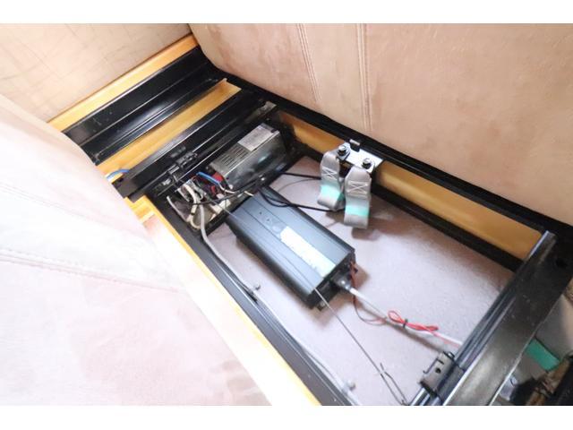 キャンピングカー AtoZ アレン タイプII キャンピングカー AtoZ アレンII 6名乗車 ソーラーパネル ツインサブバッテリー 冷蔵庫 電子レンジ 1000Wインバーター マックスファン MPPTコントローラー メモリーナビ メーター交換車(55枚目)