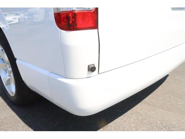 キャンピングカー ビークル デュオ タイプC 9人乗り FFヒーター TV 冷蔵庫 外部電源 ツインサブバッテリー 1500Wインバーター 4WD SDナビ LEDヘッドライト シンク カセットコンロ 強化スタビライザー(24枚目)