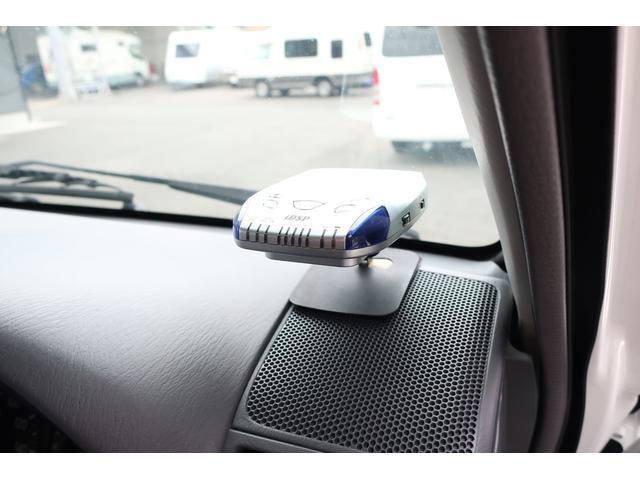 キャンピングカー AtoZ アミティ 6名乗車 ツインサブBT 350Wインバーター 冷蔵庫 外部電源 シンク シンク兼用アウターシャワー 給排水ポリタンク ETC ルーフベント バックモニター ドライブレコーダー 常設2段ベッド(29枚目)