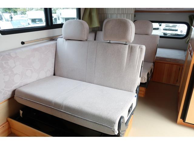 キャンピングカー AtoZ アミティ 6名乗車 ツインサブBT 350Wインバーター 冷蔵庫 外部電源 シンク シンク兼用アウターシャワー 給排水ポリタンク ETC ルーフベント バックモニター ドライブレコーダー 常設2段ベッド(52枚目)