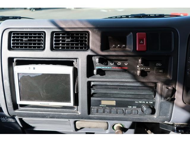 キャンピングカー AtoZ アーデンスペンド 7名乗車 ディーゼル サイドオーニング ルーフベント シンク兼用アウターシャワー 冷蔵庫 サブバッテリー 外部電源 ダイネット バンクベッド 20L給排水ポリタンク FFヒーター(29枚目)