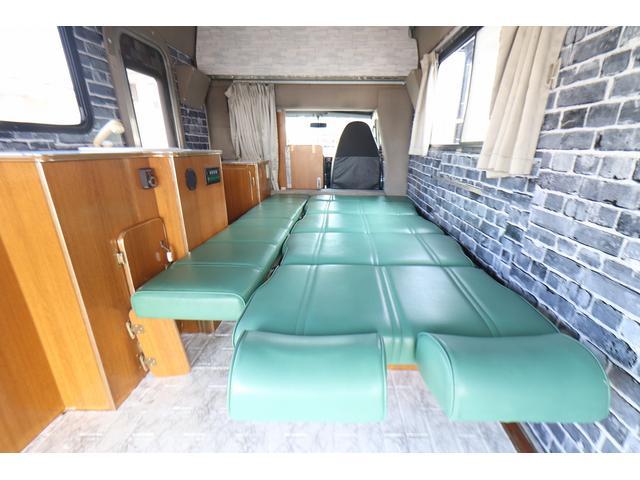 キャンピングカー AtoZ アーデンスペンド 7名乗車 ディーゼル サイドオーニング ルーフベント シンク兼用アウターシャワー 冷蔵庫 サブバッテリー 外部電源 ダイネット バンクベッド 20L給排水ポリタンク FFヒーター(52枚目)