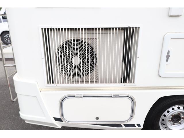 キャンピングカー バンテック ジル520 ディーゼル 4WD 6名乗車 FFヒーター トリプルサブバッテリー 冷蔵庫 サイドオーニング マックスファン 液晶TV 1500Wインバーター シンク 2口コンロ 家庭用エアコン 常設2段ベッド(77枚目)