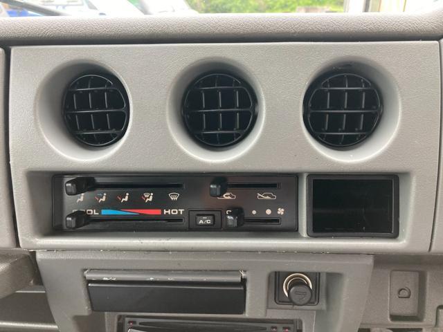 XL JA12 社外バンパー アルバカーキ塗装 4WD オートマ CDオーディオ フォグ(23枚目)