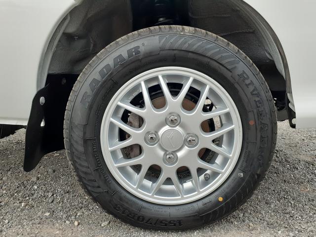 ハイルーフ/4WD/エアコン/パワステ/パワーウィンドウ/キーレスエントリー/タイヤ新品交換済(23枚目)