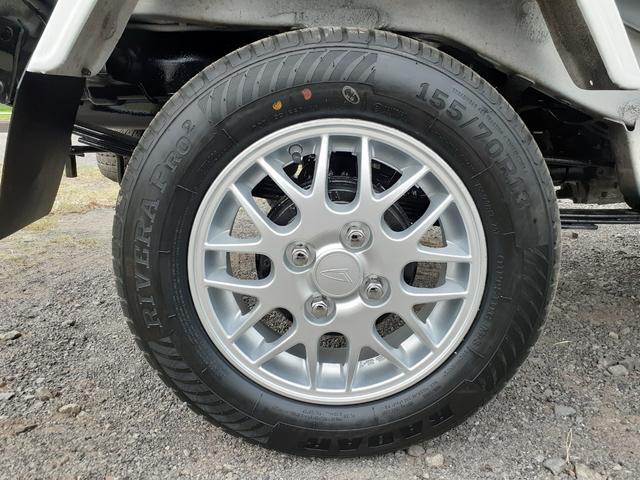 ハイルーフ/4WD/エアコン/パワステ/パワーウィンドウ/キーレスエントリー/タイヤ新品交換済(24枚目)