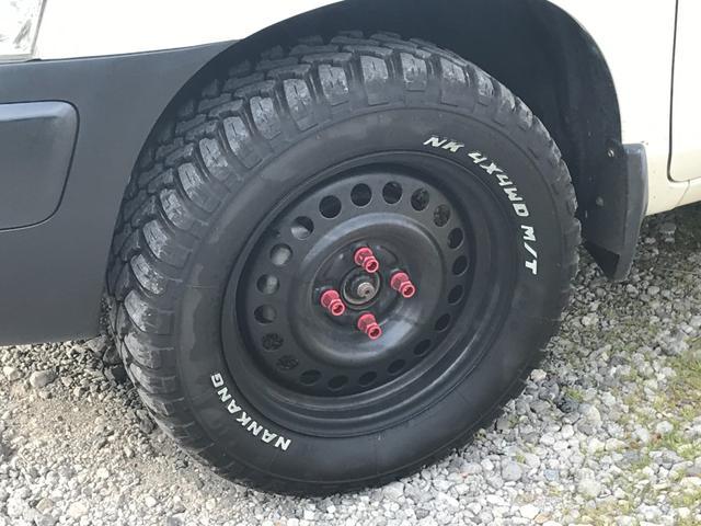 U 4WD 5速マニュアル車 2インチリフトアップ公認 15インチブロックタイヤ サブウーファー シート変更 メモリーナビ フルセグTV DVD再生(8枚目)