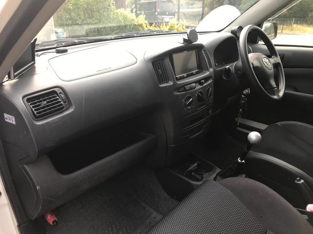 U 4WD 5速マニュアル車 2インチリフトアップ公認 15インチブロックタイヤ サブウーファー シート変更 メモリーナビ フルセグTV DVD再生(11枚目)