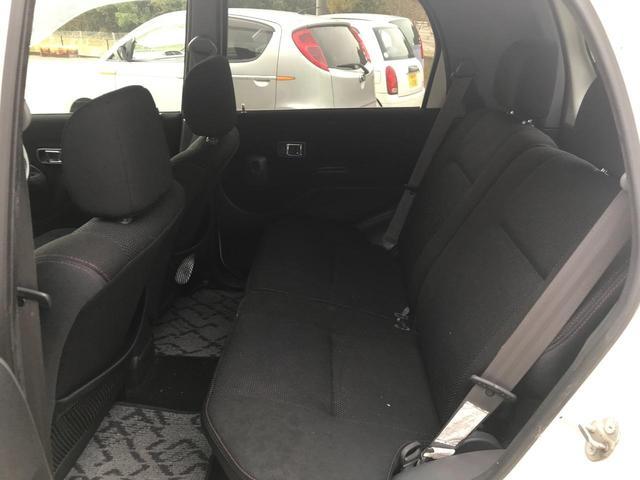 キスマークL 4WD 5速マニュアル車 車検整備付き 背面タイヤ キーレス 15インチアルミホイール(12枚目)