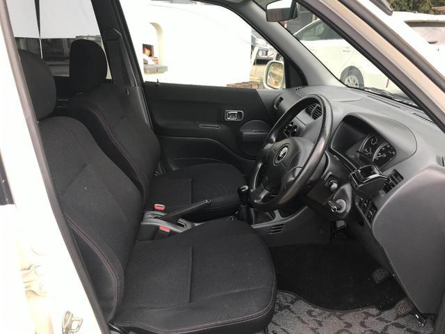 キスマークL 4WD 5速マニュアル車 車検整備付き 背面タイヤ キーレス 15インチアルミホイール(26枚目)