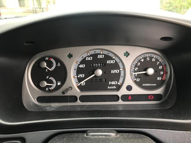 キスマークL 4WD 5速マニュアル車 車検整備付き 背面タイヤ キーレス 15インチアルミホイール(31枚目)