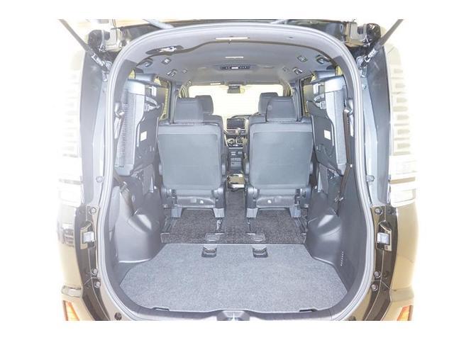 ZS 煌II フルセグ DVD再生 バックカメラ 衝突被害軽減システム 両側電動スライド LEDヘッドランプ ウオークスルー 乗車定員7人 3列シート アイドリングストップ(6枚目)