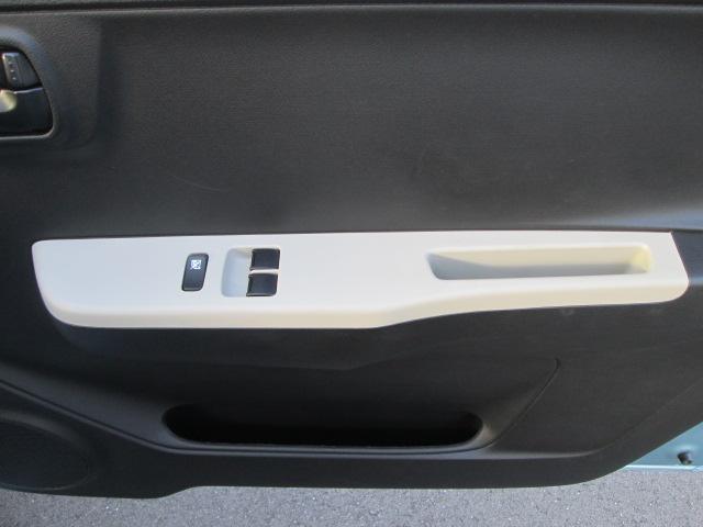 AGS(オートギアシフト)車 純正CDプレイヤー装着車(3枚目)