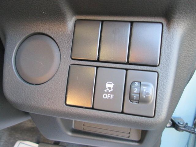 AGS(オートギアシフト)車 純正CDプレイヤー装着車(7枚目)