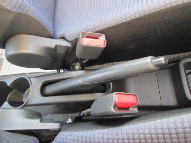AGS(オートギアシフト)車 純正CDプレイヤー装着車(16枚目)