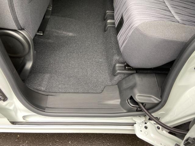 ハイブリッドMZ 両側スライド片側電動スライドドア オートライト プッシュスタート オートエアコン ウォークスルー エアロ アイドリングストップ 禁煙車 登録済未使用車(22枚目)