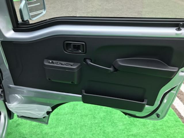ジャンボSAIIIt 4WD 5MT LEDヘッドランプ LEDフォグランプ ABS SRSデュアルエアバック エアコン パワステ パワーウィンドウパワードアロック キーレスエントリー フロントウィンドウUVカットガラス(17枚目)