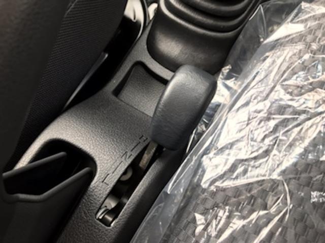 ジャンボSAIIIt 4WD 5MT LEDヘッドランプ LEDフォグランプ ABS SRSデュアルエアバック エアコン パワステ パワーウィンドウパワードアロック キーレスエントリー フロントウィンドウUVカットガラス(29枚目)