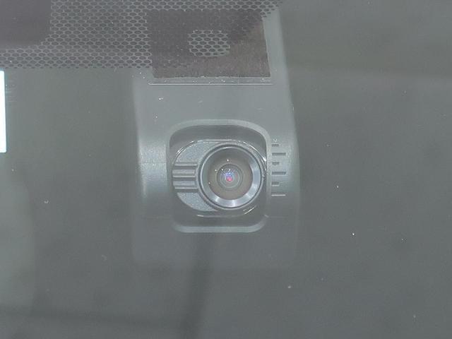 Sツーリングセレクション 純正9型ナビ バックカメラ 衝突軽減/レーダークルーズ クリアランスソナー 黒合皮シート シートヒーター 禁煙車 LEDヘッド/オートライト 純正17AW ドライブレコーダー スマートキー(10枚目)