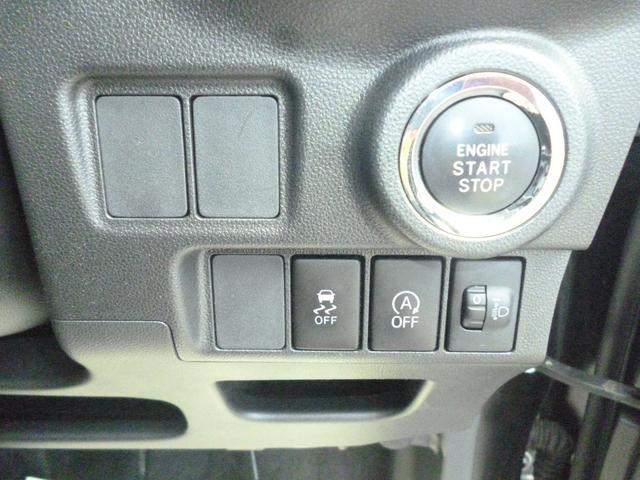 コーティング、ナビゲーション、ドライブレコーダーなど、パーツの取り付けもおこなっております!!おクルマのことなら何でもお任せください!