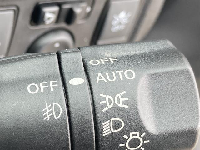 e-パワー X 1年保証付 エマージェンシーブレーキ レーンアシスト 社外ナビ Bluetooth バックカメラ ドライブレコーダー ETC インテリジェントキー プッシュスターター オートエアコン 取扱説明書有(17枚目)