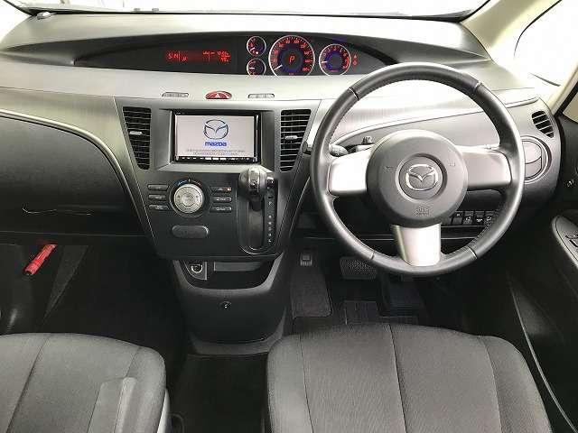 運転の楽しみを広げる「ダイレクトモード機構付ステアリングシフトスイッチ」や、走行中に運転操作の評価の状態がひと目で分かる「インテリジェント・ドライブ・マスター(i-DM)」を装備。