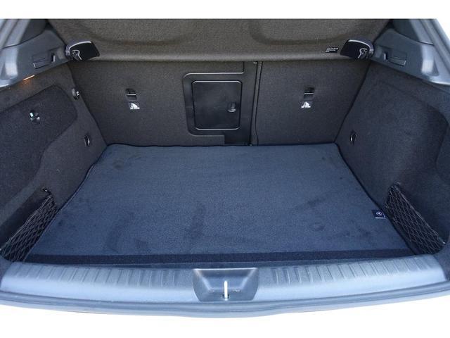 GLA250スポーツ4マチック 革 AMG EXCパッケージ(18枚目)